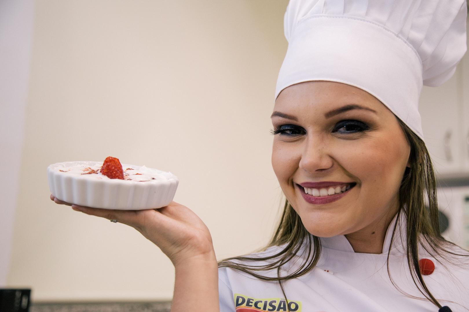 Receita de Torta de Morango com Chantilly - Decisão Atacarejo
